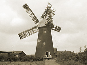 Preston's Windmill in 1935